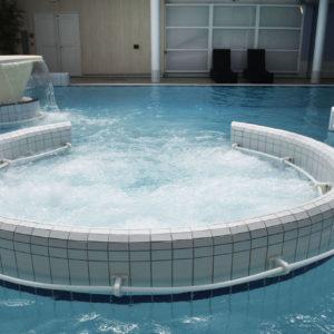 piscine soins bénodet