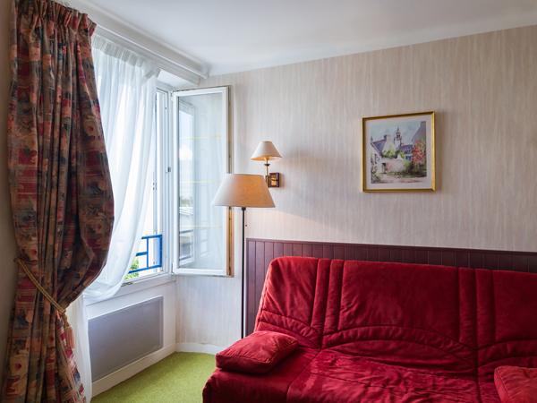 retrouvez la chambre de l 39 armoric h tel la suite junior pour accueillir 2 4 personnes. Black Bedroom Furniture Sets. Home Design Ideas