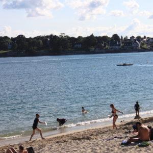 Les plages sont ouvertes à Bénodet en Bretagne